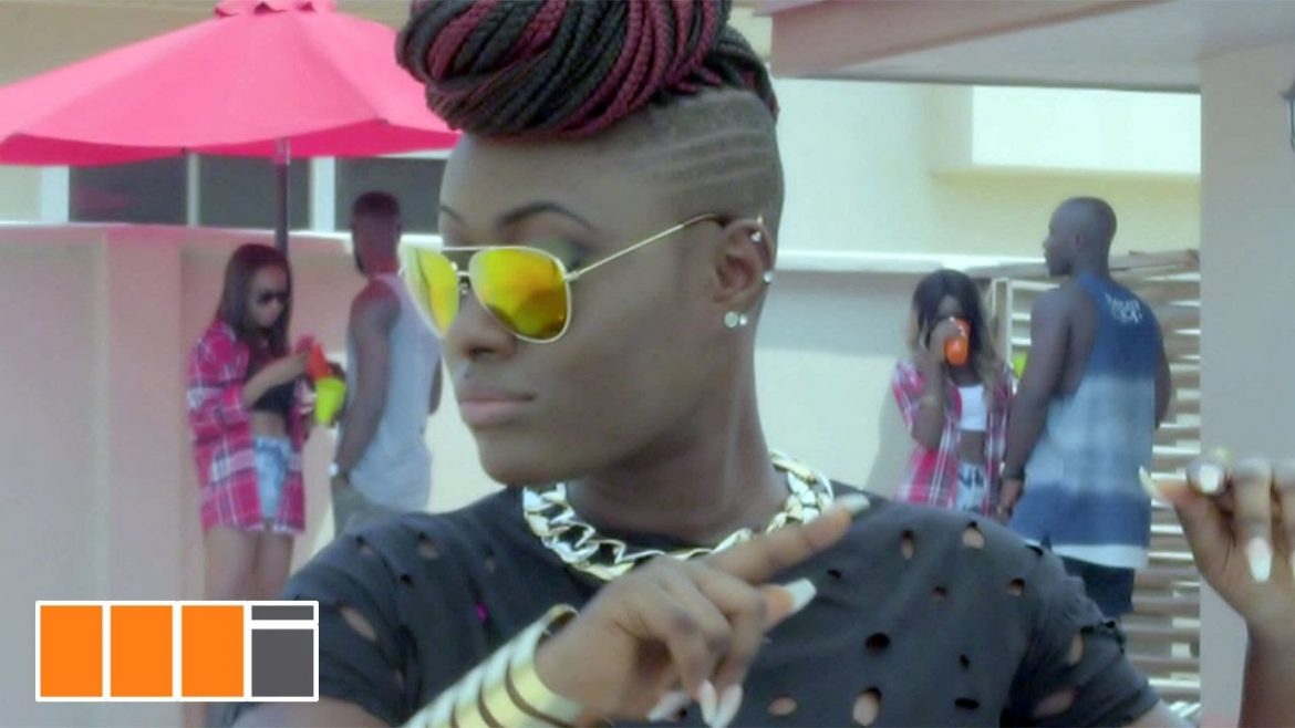 VIDEO: Aysha Tahiru ft. Kuami Eugene – Ebi God