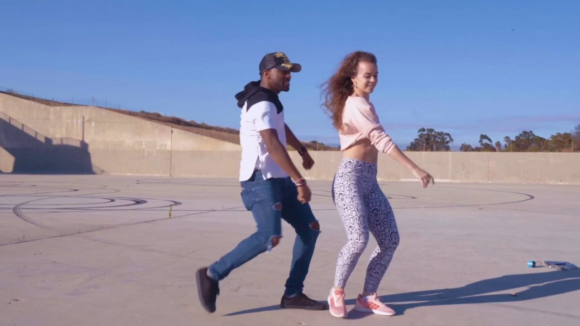 "SQUEEZE TARELA PREMIERES DANCE VIDEO FOR ""HOTTEST THING"""