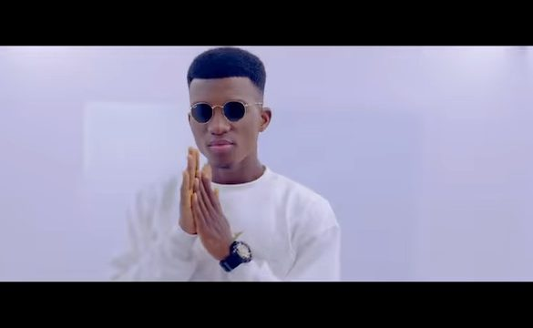 Kofi Kinaata – Single and Free