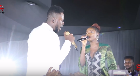 ADEKUNLE GOLD's SUPER PERFORMANCE, SHARES LOVE WITH SIMI AT #ONSWAG 2017