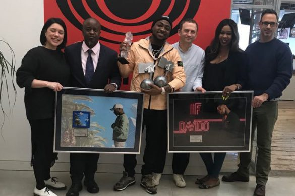 The Plaques were presented at the Columbia Records UK office and Efe Ogbeni who executed the record deal for Davido with Sony was present along with Managing Directors and President of Columbia UK Stacey Tang, Manish Arora and Ferdy Unger-Hamilton. Vanessa Amadi (Management) and Michael Ugwu were also present during the presentation of the Plaques. This is another huge win for Davido after selling out his Brixton O2 LIVE show a few days ago. Africa to the world!!!