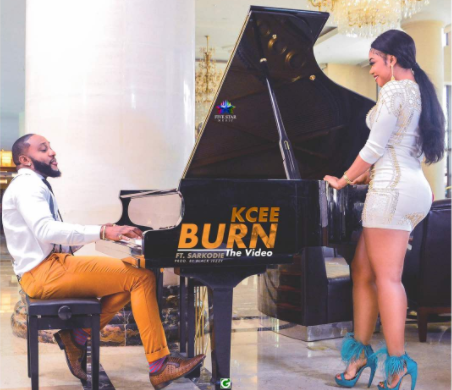 Kcee ft. Sarkodie – Burn
